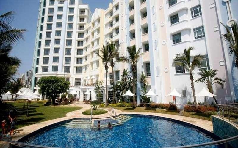 Suncoast Hotel & Towers