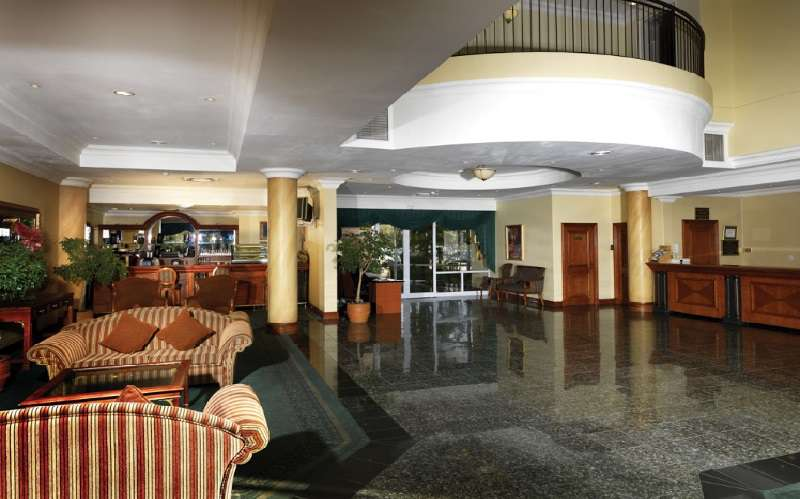 Airport Grand Hotel & Conference Centre