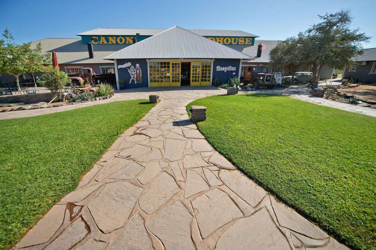Canyon Roadhouse by Gondwana Collection