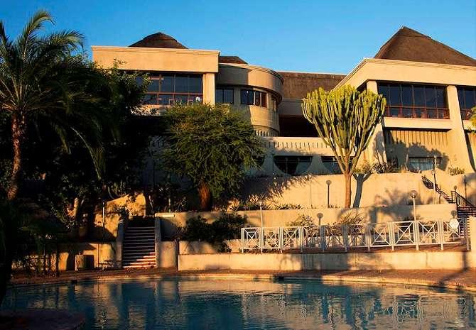 Elephant Hills Resort, Zimbabwe