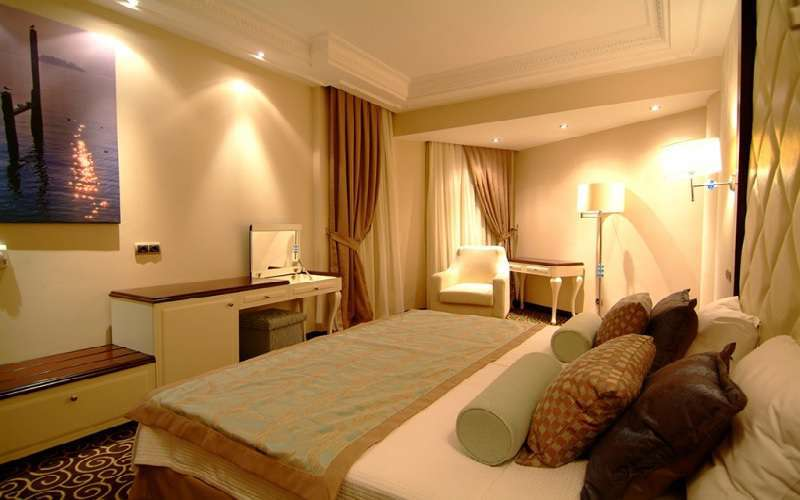 Gold Reef City >> Gold Reef City Theme Park Hotel, Johannesburg