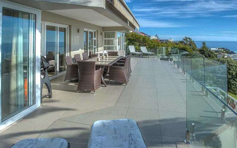 Houghton Steps 3 Bedroom Apartment, Camps Bay
