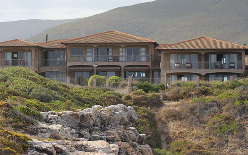 On The Cliff Guest House, Hermanus