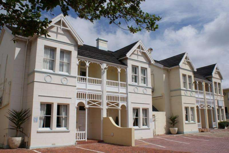 Vic hotel port elizabeth - Accomadation in port elizabeth ...